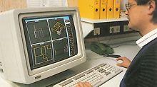 73 moderne CAD-Arbeitsplätze ersetzen die Zeichenbretter in Weißenhorn. Weiter werden Produktionsroboter und eine PC-gesteuerte Lagertechnik angeschafft sowie die Pulverbeschichtungsanlage in Betrieb genommen.