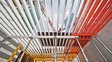 Hotel Mélia, La Défense, Paris, Frankreich - Zur Herstellung der Geschossdecken kommt die GRIDFLEX Deckenschalung zum Einsatz. Da alle Bauteile von der unteren Deckenebene aus montiert werden, ist ein absolut sicherer Aufbau möglich.