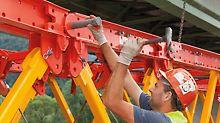 Most přes Mur - Stavebnice VARIOKIT se dá snadno montovat díky standardním spojům téměř bez nářadí.