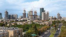 """Skyline von Tel Aviv mit Blick auf die Baustelle der Alon Tower """"BSR Center TLV"""""""