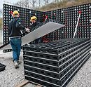 DUO is the new system formwork which is characterized by its low weight and very simple handling. The innovative feature is not only the material used but also the entire concept: efficient forming using only a minimum number of different system components for walls, foundations, columns and slabs.