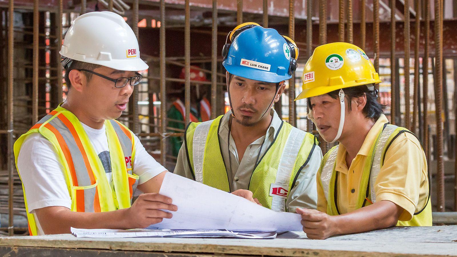 Unsere Richtmeister sorgen bei Bedarf dafür, dass die PERI Lösungen auf der Baustelle effizient eingesetzt werden.