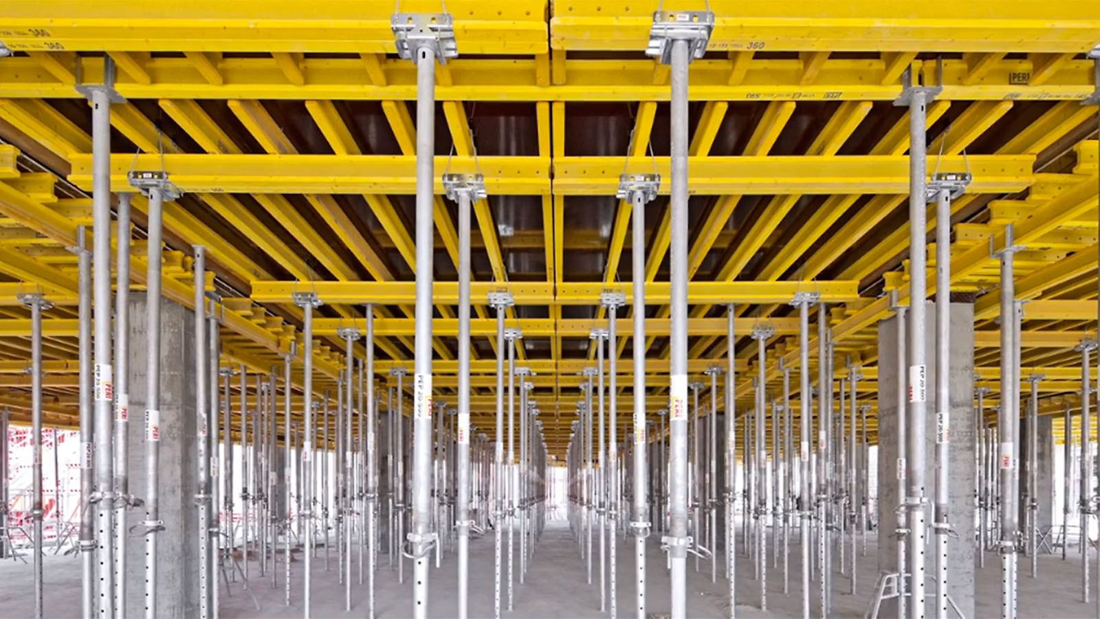 The functions and advantages of the MULTIFLEX girder slab formwork in a well-structured info clip.