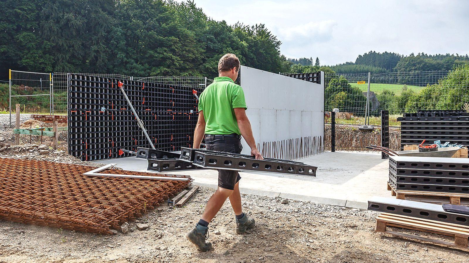 Einsatz der DUO Leichtschalung im Landschaftsbau. Schüttgutlager Schlieper Kamp, Wipperfürth-Niederklüppelberg