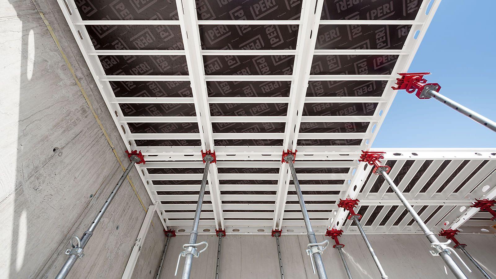 Panelerne kan understøttes overalt med både støtte og sænkehoved. Den gennemtænkte geometri af hoveder og paneler muliggør fleksibel, enkel og tidsbesparende brug. Tænderne på støtte- og sænkehovederne sikrer hurtig og let montering.