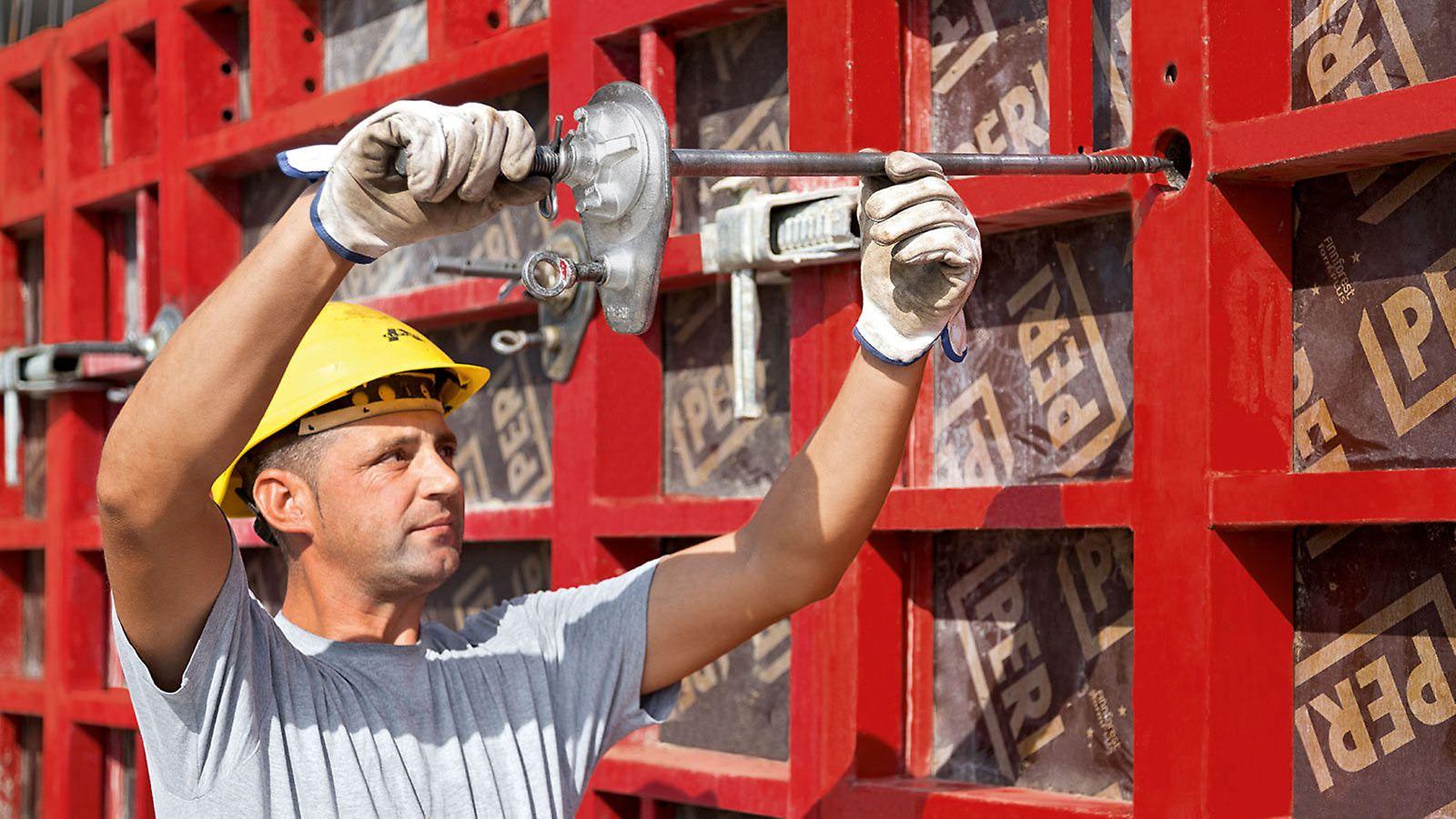 Le montage des ancrages spéciaux MX s'effectue d'un seul côté, sans fourreaux ni cônes, ce qui se traduit par une réduction des coûts et une économie de matériel tout en permettant de gagner du temps